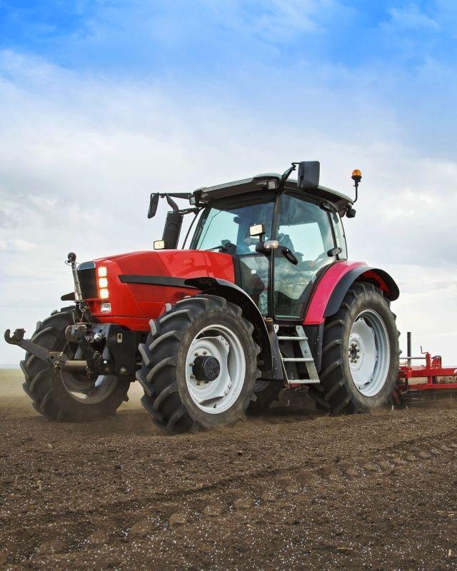 JERRY FABRICS Deka mikroflanel digitálna tlač Traktor red  Polyester, 120/150 cm
