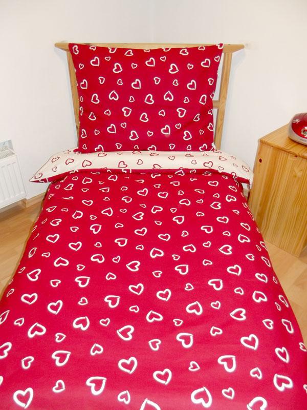 Obliečky velká srdiečka červená a biela 140/200 cm