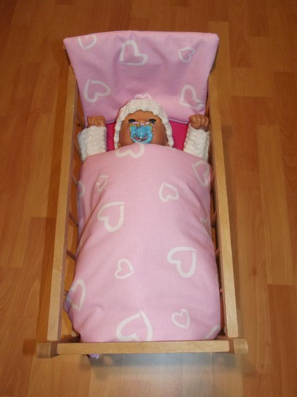Perinky do postieľky pre bábiky srdiečka velká ružová